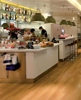 Case study: Carluccio s restaurant On of UK s leading Italian restaurant, Carluccio s, wanted to install a system which would provide the desired volume of hot water, at the correct temperature while