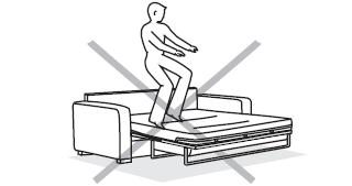 Warning : Before using the sofabed, it is necessary to cut the safety tab that restrains the bed mechanism. Beware of entrapment.