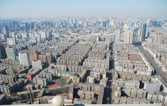 Several new buildings are springing up. As these buildings are increasing, old Shenyang is fading away. Source: http://s.dianping.com/topic/787335 Figure 2.