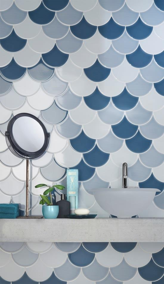 SCALES - A funny way to dress up walls Inspired by the skin that covers the mythical carp, symbol of happiness, prosperity and perseverance, the Scales