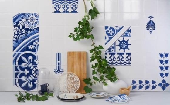 We return to the past, through an Arab-inspired tile technique, to the popular art rescued from the Delft