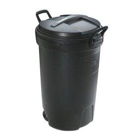 Garbage containers must be leak proof and have tight fitting