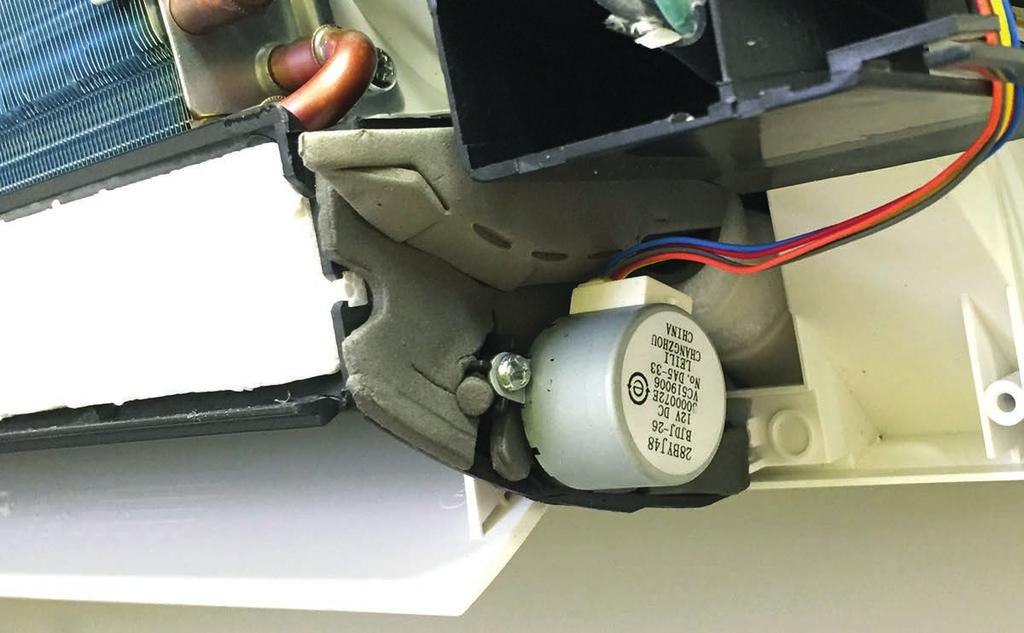 Stepper Motor Louver Emergency Button The STEPPER MOTOR moves the louver up or down, and right or left depending upon selections made at the remote control.
