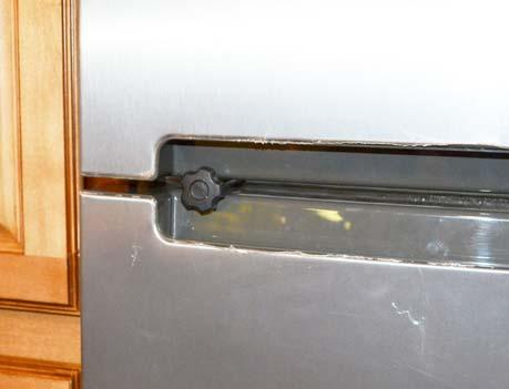 SECTION 4 APPLIANCES AND SYSTEMS WARNING At refrigerator/freezer or motorhome End of Life remove travel latch.
