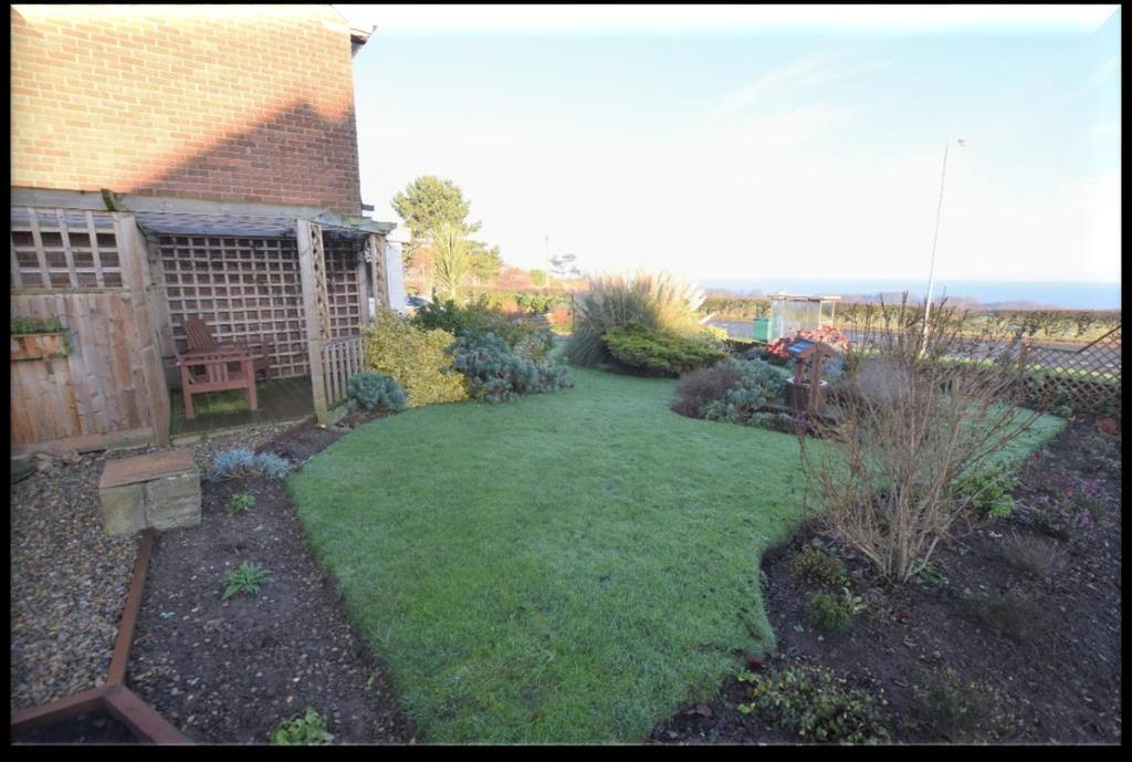 In super order throughout with delightful sea views from the front of the property this immaculate four bedroomed detached house has much to offer and is likely to appeal to a variety of purchasers