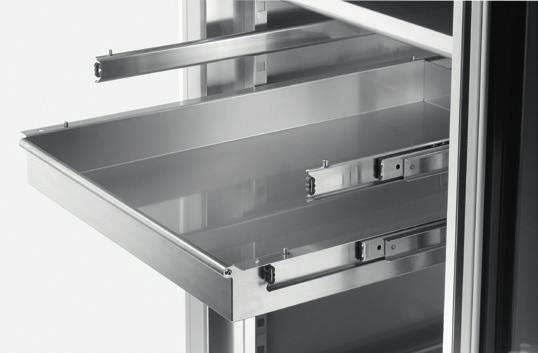 STANDARD FEATURES AND OPTIONS Hettich Tray System (HTS) The Hettich Tray System, which fits in all three incubator sizes, allows the internal space of the HettCube to be used optimally.