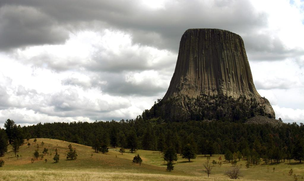 Devils Tower National Monument Fundamental Resource or Value Existing Data and Plans Related to the FRV Data and/or GIS Needs Planning Needs Laws, Executive Orders, and Regulations That Apply to the