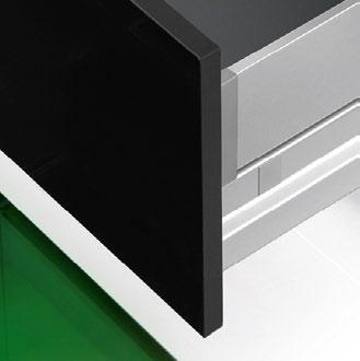 range, the welded drawer sides ensure maximum stability in every drawer width and depth.