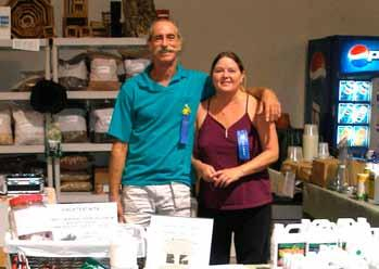 OUR JULY SPEAKERS Tom Wells & Sandi Jones from Broward Orchid Supply Our speaker, Tom Wells of Broward Orchid Supply, recently spoke to us about general orchid care and repotting.