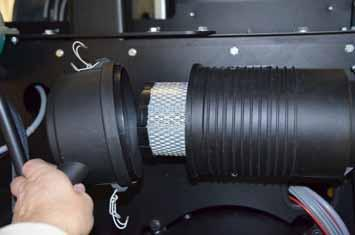 11.15.2 Cleaning/replacing the air filter 1 Air filter 2 Blow-out lip Loosen the spring tension bracket, remove the cover and eliminate the dust deposits.