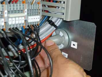 "Service position In the ""Service"" position the settings of the device can be edited by means of the service switch and the control panel."