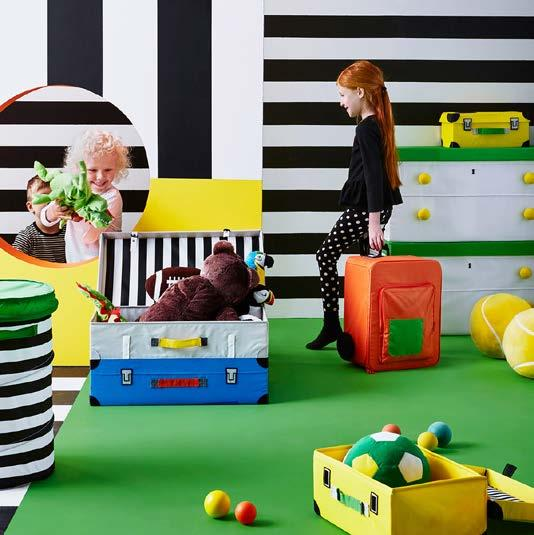 IKEA PRESS KIT / OCTOBER 2016 / 52 PH138568 FLYTTBAR STORAGE SERIES Good storage makes room for play, but great storage provides play and FLYTTBAR storage series really does with trunks and boxes
