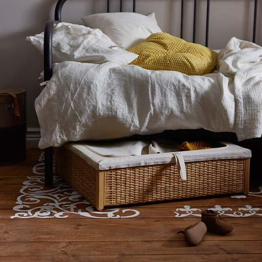 IKEA PRESS KIT / OCTOBER 2016 / 8 PH138591 RÖMSKOG BED STORAGE BOX Unused space under a bed can now be turned into hidden storage space thanks to RÖMSKOG bed storage box.