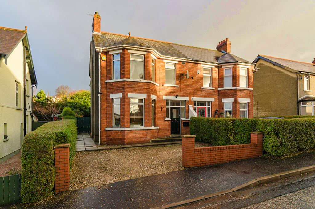 This exceptionally well presented, extended, semi-detached home occupies an easily maintained level site just off the popular Sandown Road, well known for its convenience to Ballyhackamore's vibrant