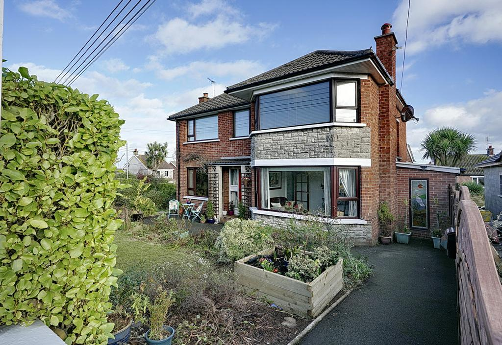 Extended and easily maintained red brick detached home set on a mature generous corner site within this popular residential location.