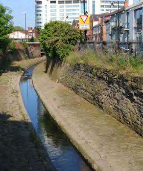 he course of the stream was canalised as part of the area s industrialisation during the 18th and 19th centuries.