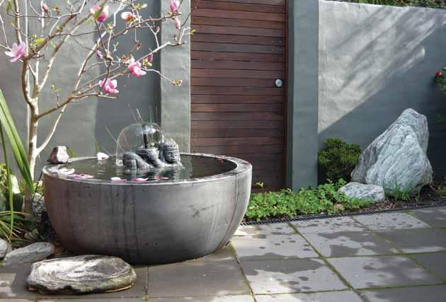 Our extensive range of shallow and deep bowls, shallow troughs and reflection ponds, are ideal for creating individualized waterfeatures.