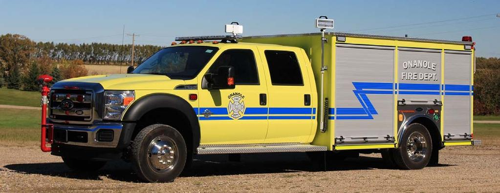Onanole, MB just received this 2016 Ford F550 4x4/Acres mini-pumper, equipped with a