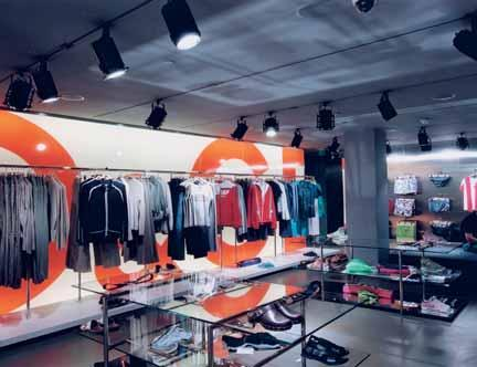 180 Case study: ERCO lighting Each area within a store needs a different lighting treatment, because they have many different purposes and will serve many roles.